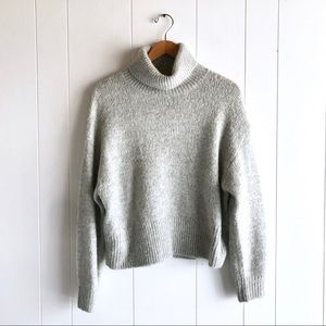 NEW H&M Gray Turtleneck Sweater